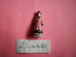 Feve PERSO En Porcelaine - COSTUME HAUTE BRETAGNE - Serie VALLEE 2011 ( Feves Figurine Miniature Proto ) RARE - Regio's