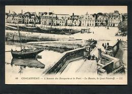 CPA - CONCARNEAU - L'Avance Des Remparts Et Le Pont - Le Bassin, Le Quai Pénéroff, Animé - Concarneau