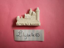 Feve Artisanale - ESSAI / PROTO - CHATEAU De PUYMARTIN - MOULIN A HUILE - MH ( Feves Figurine Miniature ) - Regio's