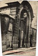 CPA Paris 6e - Porte De L'ancien Hotel D'Hinnisdal (79742) - Arrondissement: 06
