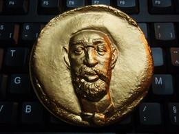 Belle Médaille Toulouse LAUTREC 1864-1907 Signé   GALTIE - Bronze 1983 - France