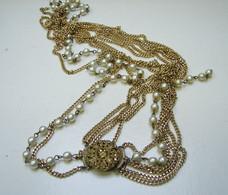 Bijoux. C. 247. Collier En Grande Chaine Avec  Perles. - Collares/Cadenas