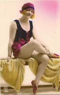 PINUPS BATHING BELLE  RP RED CAP  SITTING ON TOWEL FASHION INTEREST - Pin-Ups