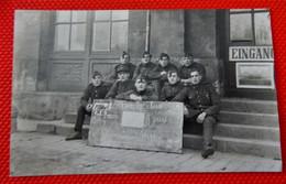 """MILITARIA - ARMEE BELGE D'Occupation En Allemagne à Coblence - Photo De Groupe : """" Vive La Classe ! """" - Regimientos"""