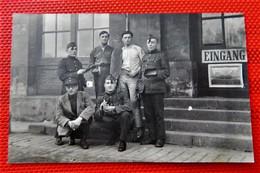 MILITARIA -  ARMEE BELGE D'occupation En Allemagne à Coblence -  Photo De Soldats Belges Wallons De La Classe 23 - Regimientos