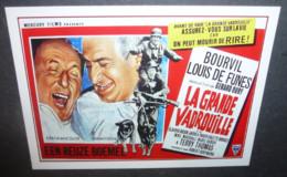 Carte Postale : Louis De Funes - La Grande Vadrouille (Bouvil) (affiche Film Cinéma) Illustration Belgique - Manifesti Su Carta