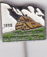 SLOVENIA  - PIN  --    TRIGLAVSKI DOM NA KREDARICI --  CLIMBING SOCIETY, MOUNTAINEERING, ALPINISM - Alpinisme, Beklimming