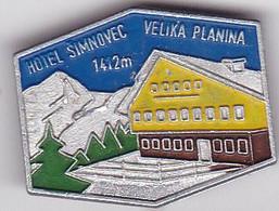 SLOVENIA  --  PIN  --  HOTEL SIMNOVEC  --  VELIKA PLANINA  --  CLIMBING SOCIETY, MOUNTAINEERING, ALPINISM - Alpinisme, Beklimming