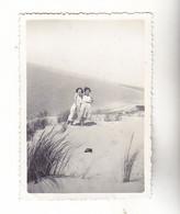 PHOTO FORMAT 9 X 6     BELLES FEMMES FRAU LADY PIN UP SUR LA DUNE DU PYLA   ANNEE 1930 - Anonyme Personen