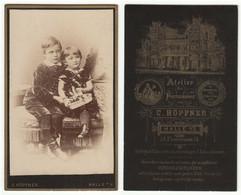 CDV Photo Foto Um 1890 - C. Höpfner, Halle - Gute Rückseite - Zwei Süße Kleine Geschwister - Alte (vor 1900)