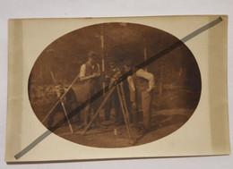 Photo Vintage. Original. Ingénieurs, Agronomes Avec Nivellement, Lettonie D'avant-guerre - Berufe