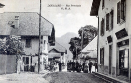74  DOUSSARD   RUE PRINCIPALE ANIMEE - Doussard