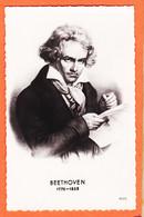 VaK043 Ludwig Van BEETHOVEN Compositeur Pianiste Allemand Né à BONN 1770-1828 Photo-Bromure 1950s Edit GLOBE 405 - Sänger Und Musikanten