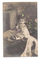 Fantaisie: Heureuses Pâques, Enfant Avec Un Agneau. - Postales