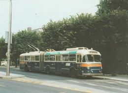 N°5437 R -cpsm Trolleybus -autrichien- - Autobús & Autocar