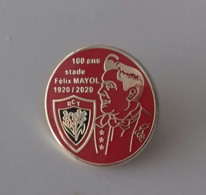 Pin's 100 Stade Mayol 1920/2020 (modèle Rouge) - Rugby