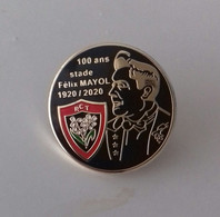 Pin's 100 Stade Mayol 1920/2020 (modèle Noir) - Rugby