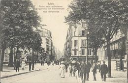 Metz    Rue Serprnoise - Metz