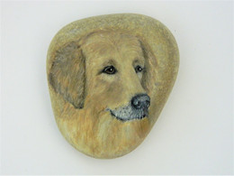 Original Painting Of A Retriever Dog Hand Painted On A Smooth Beach Stone Paperweight Decoration - Fermacarte