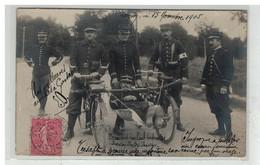 54 LONGWY #16362 TRANSPORT DE BLESSE CROIX ROUGE BRANCARD ROULANT IMPROVISE CARTE PHOTO MILITAIRE - Longwy
