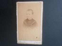 CDV ANCIENNE VERS 1880. PORTRAIT D UN JEUNE GARçON EN COSTUME D ECOLIER. PHOTOGRAPHE F STAINIER. ANVERS - Old (before 1900)