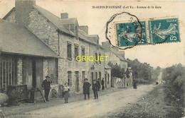 35 St Aubin D'Aubigné, Avenue De La Gare, Habitants Au 1er Plan..., Affranchie 1912 - Other Municipalities