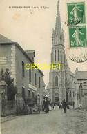 35 St Aubin D'Aubigné, L'Eglise, Animée Avec Sortie De Messe - Other Municipalities