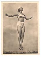 Photo Girl Nude Athlete Gymnastics Swimsuit - Gymnastik