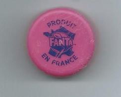 BP 2 - BOUCHON PLASTIQUE FANTA - PRODUIT EN FRANCE - Soda
