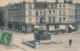 Lille Picavet SIX Place Jeanne D'arc Boutique De L'éditeur Sur Le Cliché Trés Peu Courant TBE - Lille