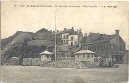 CPA Port-en-Bessin Un Quartier Pittoresque Place Gaudin - Port-en-Bessin-Huppain
