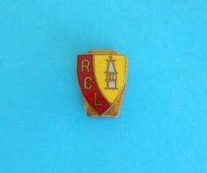 RC LENS - France Football Club Very Old Enamel Buttonhole Pin Badge * Soccer Fussball Calcio Foot Futbol Futebol - Calcio