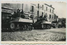 Guerre De 1939-45 . Libération De Paris 25 Août 1944 . Chars . - Krieg, Militär