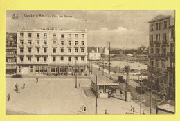 * Knokke - Knocke (Kust - Littoral) * (Nels, Série 17, Nr 38) La Place Van Bunnen, Continental Hotel, Coiffeur, Oldtimer - Knokke