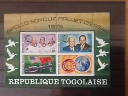 Rep. Togolaise. Bloc** Appolo Soyouz Project D'essai 1975. - Togo (1960-...)