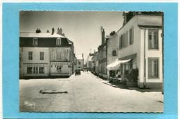 56  .PORT - LOUIS  ,  Cpsm  10,5 X 15 . - Port Louis