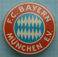 USSR / Badge / Soviet Union / Football  F.C. Bayern Munich Germany. 1970-80s - Fútbol