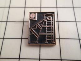 1116c Pin's Pins / Rare Et De Belle Qualité !!! THEME ASSOCIATIONS / AMF MINE MINEURS ? - Associations