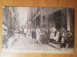 Cpa Vieux Marseille Rue Bouterie Ces Dames Après Le Café - Old Port, Saint Victor, Le Panier
