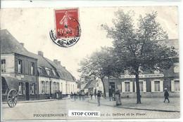 10 - 2020 - VANT - NORD - 59 - PECQUENCOURT - Entrée De La Rue Du Beffroi Et La Place - Altri Comuni