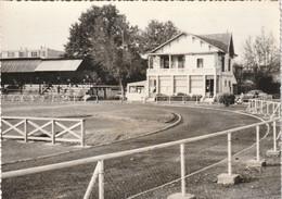84  AVIGNON  STADE DE RUGBY  Saint Ruf Route De Tarascon 1960 - Avignon