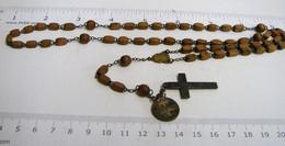 Chap. 24. Chapelet De 59 Perles En Buis Ou Olivier Chaîne, Intermédiaire Et Croix  En Laiton - Religion & Esotérisme