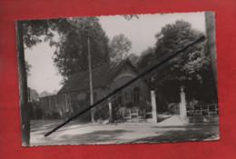 CPSM Petit Format -  Chaville  - Pavillon De L'Usine - Chaville