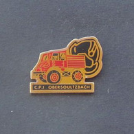 1 Pin's Sapeurs Pompiers D'OBERSOULTZBACH (BAS RHIN - 67) - Bomberos