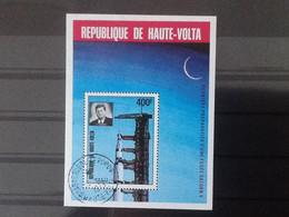 Haute Volta Bloc Derniers Préparatifs D'une Fusée Saturn V. Oblitéré. - Upper Volta (1958-1984)