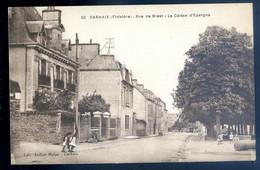 Cpa Du 29 Carhaix Rue De Brest , La Caisse D' épargne  SE20-12 - Carhaix-Plouguer