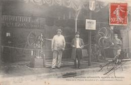CARTE POSTALE  Exposition Automobile Agricole De BOURGES 18  Stand De La Maison Brouhot à Vierzon - Bourges