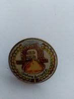 PIN'S - Confrérie Du Croustet - Other