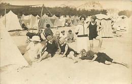 021020 - CARTE PHOTO 1922 - 17 ROYAN La Plage Tente Baigneur Maillot De Bain Bonnet - Villa Casino ? - Royan