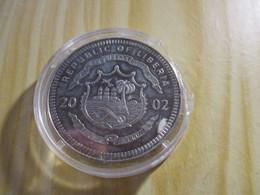 Libéria - 5 Dollars Nouvelles Monnaies Du Vatican 2002. - Liberia